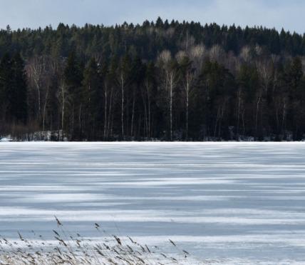 31-utah-teen-lake.w700.h467